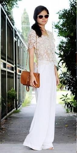 Palazzo Pants With a Floral Top
